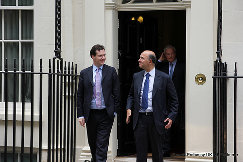 Pierre moscovici s est rendu londres france in the for Chambre de commerce a londres