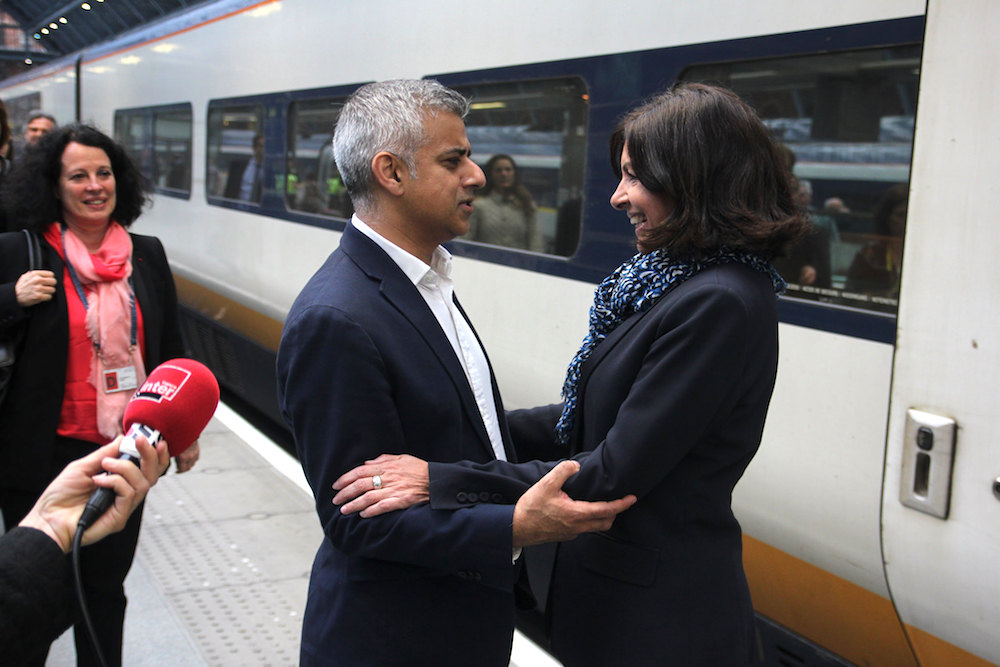 Anne hidalgo rencontre sadiq khan londres france in for Chambre de commerce francaise a londres