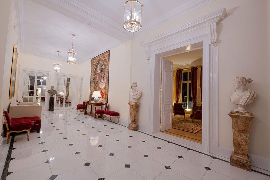 1d642568c309583c 94073 - Luar Biasa! Inilah Megahnya Interior Rumah Termahal di Dunia